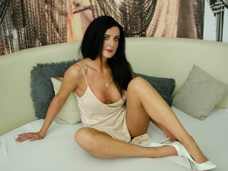 ElisaJyhan camshow jasminlive webcam