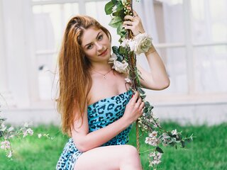 GingerLea naked amateur shows